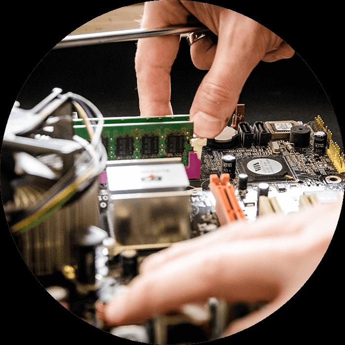 Wir reparieren Ihren Computer in Schwerin & Umgebung. Wir kommen für eine PC-Reparatur auch vor Ort!